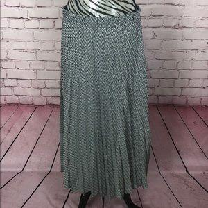 Max Studio Skirt NWT